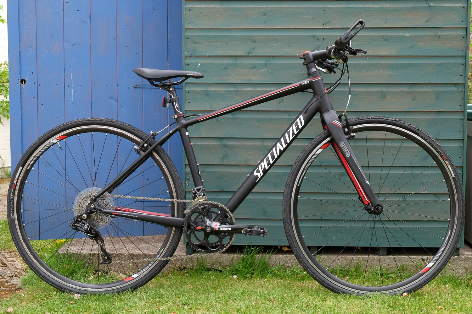 Lot 75 - Specialized Vita Comp 2013. Women's flat bar road bike. Weighs approx 10kg. Medium frame. - Sold for £190
