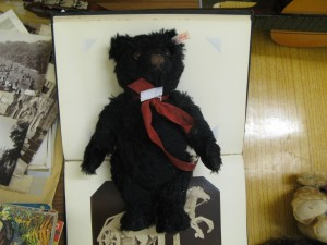 Lot 31 - Steiff teddy bear - Sold for £32