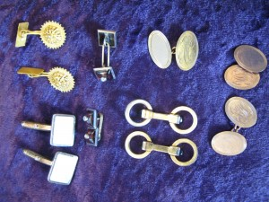 Lot 331 - A collection of gold cufflinksSold for £100