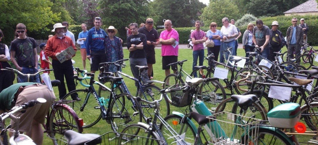Cycle Auction Bikes and Bidders 6 June 2015