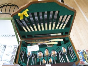 Lot 193 - Arthur Price Canteen of Cutlery - Sold for £35
