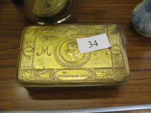 Lot 34 - 1914 World War I Queen Mary Christmas Tin - Sold for £28