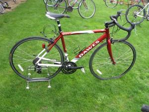 Lot 4 - Dawes Giro 300 road bike - Sold for £100