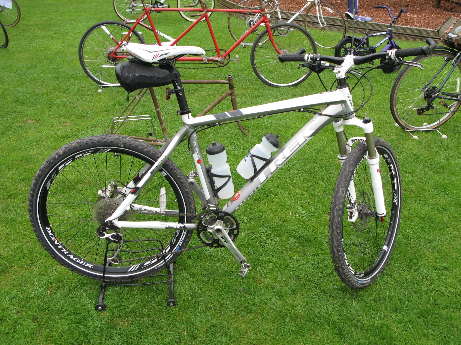 Trek 8000 Mountain Bike - Sold for £250