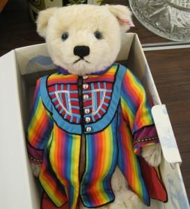 Lot 153 - Stieff Joseph Amazing Technicolour Dreamcoat Bear - Sold for £60