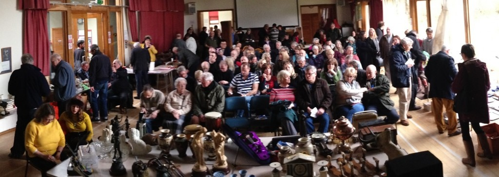 Full auction room at Itchen Abbas - March 2016