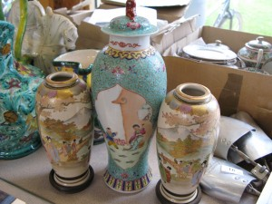 Lot 14 - Three Japanese Vases - Sold for £55