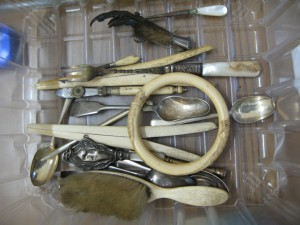 Lot 56g - Collection of silverware with bone and ivory handles and other items - Sold for 65
