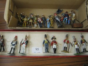 Lot 95 - Lead soldiers- Sold for £40