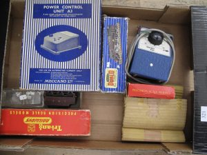 Lot 321 - Box of Model Railway Items - Sold for £32