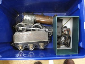 Lot 10 - OO guage tin plate model railway engine - Sold for £50