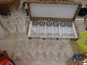 Lot 192 - Large Collection of Glasses - Sold for £30