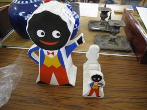 Lot £144 - Robertson Gollywog sweet jar and toast rack - Sold for £35