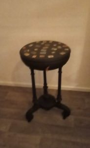 Side table with hinged top