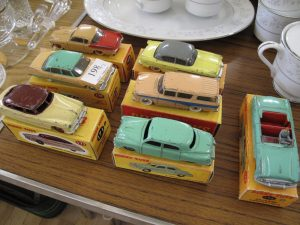 Lot 198 - 7 boxed Dinky American cars with reproduction boxes - Sold for £65