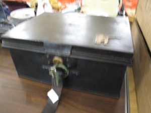 Lot 218 - Military tin dispatch box c1914 - Sold for £45