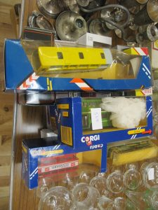 Lot 564 - Model Corgi Buses - Sold for £22